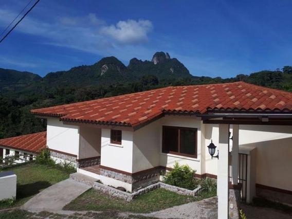Vendo Casa A Estrenar En Ph Trinity Hills, Capira 19-54**gg*