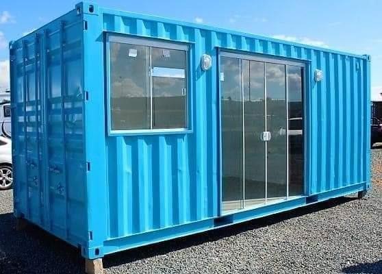 Linda Loja Em Container