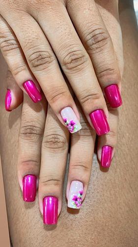 Imagem 1 de 1 de Manicure