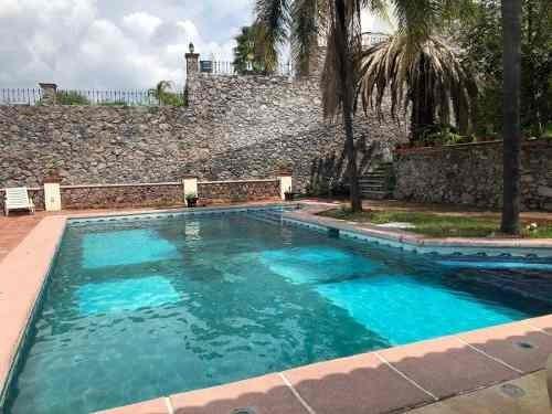 Hacienda Muy Linda En Juriquilla