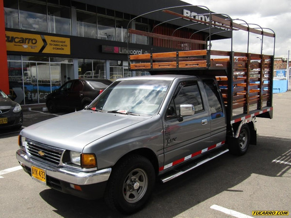 Chevrolet Luv Tfr Space Cab 2.3