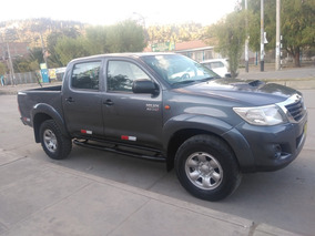 Toyota Hilux Cel. 996549187