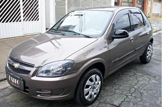 Chevrolet Celta Advantage 1.0 Flex 2014 Cinza