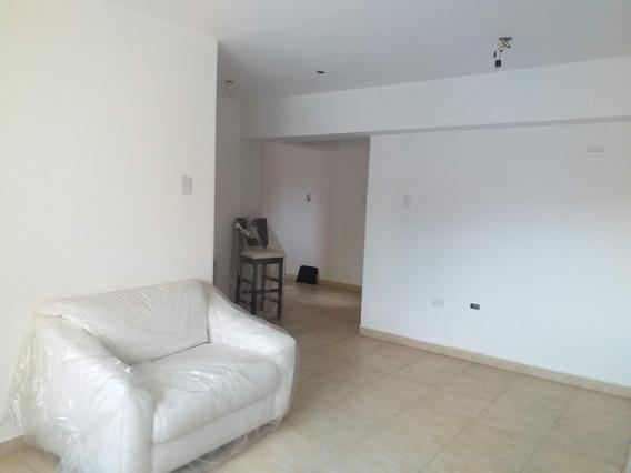 Apartamento En Venta Urb Los Caobos Maracay Mls 20-5166 Jd