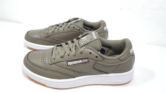 Tênis Reebok Club C 85