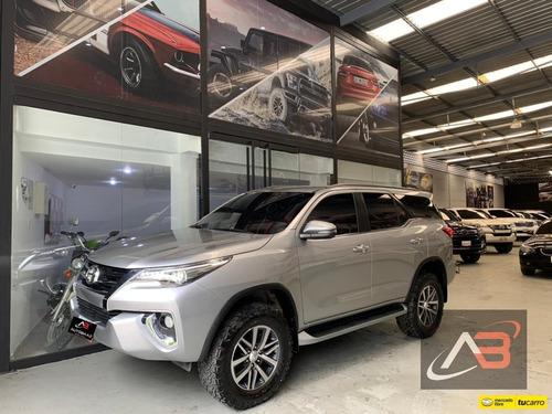 Imagen 1 de 14 de Toyota Fortuner Dubai