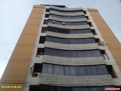 Residencias Versalles Las Delicias 04243462883