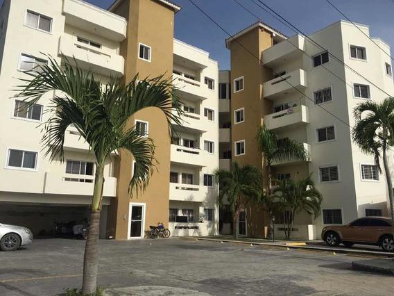 Apartamento En Residencial Cerrado