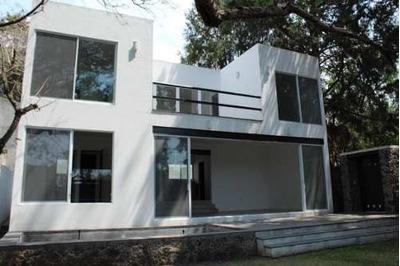 Casa En Fraccionamiento En Ahuatepec / Cuernavaca - Roq-479-fr