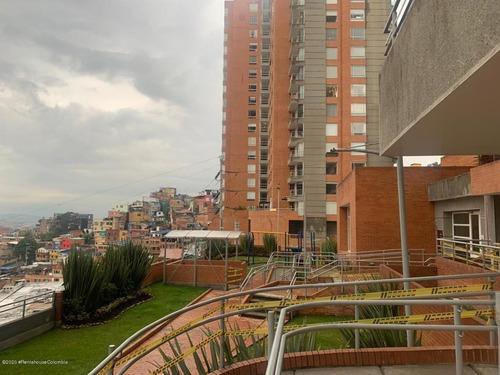 Arriendo Apartamento En  Chapinero Alto Rah Co: 21-1258
