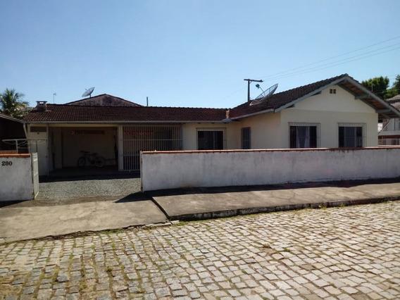 Casa Para Venda No Centro Em Balneário Piçarras - Sc - 754