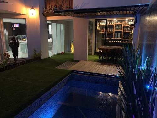 Venta De Casa En Parque Del Arte!! Con Alberca Y Espectacular Roof Garden!!