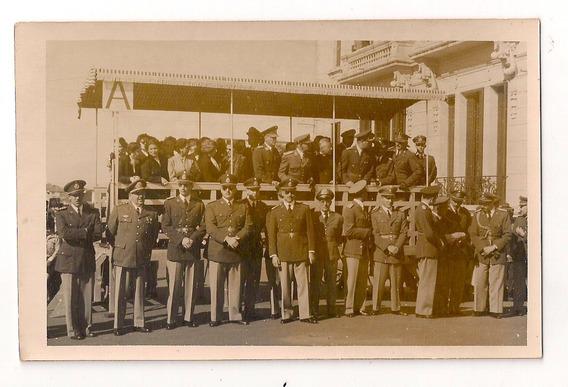 T401- Antigua Foto No Postal Acto Militar En Uruguayana 1952
