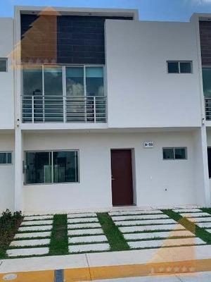 Casa En Renta En Privada Duke 3 Rec Sin Muebles, Alberca Y Seg Cancun