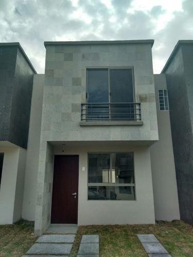 Casa - Fraccionamiento Residencial Parque Del Álamo