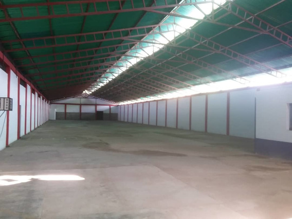 Amplio Galpón En Alquiler Barrancas