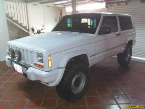 Jeep Cherokee Chief 4x4 - Sincronico