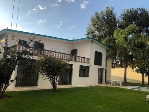 Oferta Casa Amplia En Vista Alegre, Alberca, Jardin, Cochera