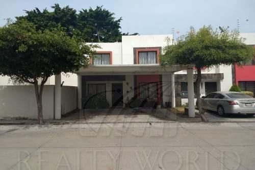 Casas En Venta En Almendros Residencial, Manzanillo