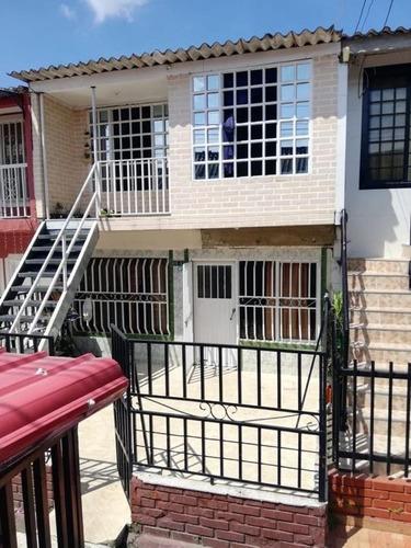 Vendo Casa De 2 Pisos Bifamiliar Ciudad Cordoba Cq