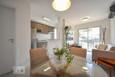 Apartamento No 2º Andar Mobiliado Com 1 Dormitório E 1 Garagem - Id: 892916443 - 216443