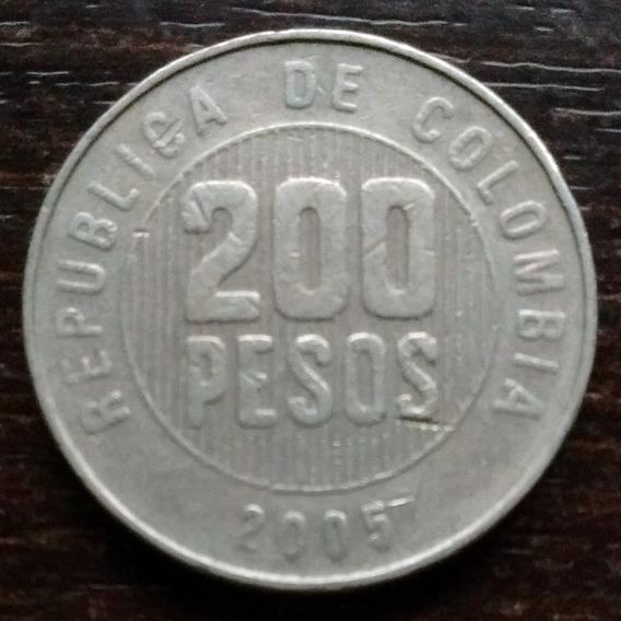 Moneda 200 Pesos Colombia 2005 Buena