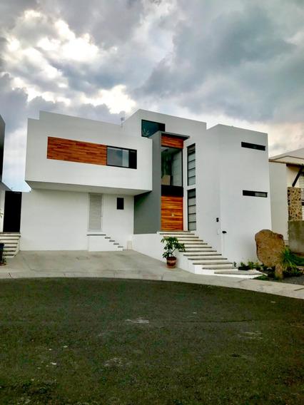 Increíble Casa En Zibata