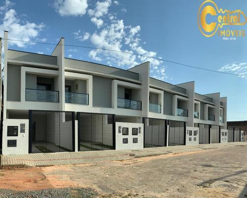 Sobrado  Com 3 Dormitório(s) Localizado(a) No Bairro Centro Em Balneário Piçarras / Balneário Piçarras  - 500