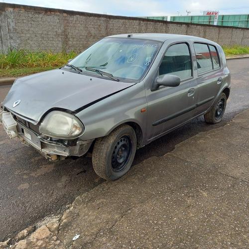 Imagem 1 de 5 de Sucata Renault Clio 2001 Para Vendas De Peças