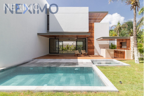 Imagen 1 de 24 de Casa En Venta En Lagos Del Sol, Cancún, Benito Juarez, Quintana Roo