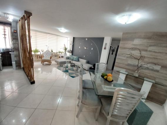 Apartamento 74 Mtrs 3 Habitaciones 2 Baños 1 Parqueadero