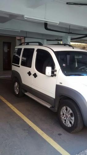 Imagem 1 de 5 de Fiat Doblo 2012 1.8 16v Adventure Flex 5p