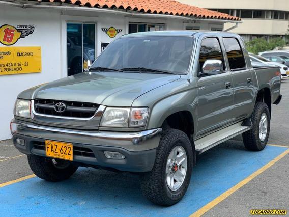 Toyota Hilux Mt 2400 Cc 4x4