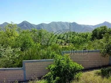 A 300 Mts De Carretera Nacional!!! 700 M2 De Construcción En 2 Módulos: (a) Casa Principal En 2 Plantas, En P. B. Sala,