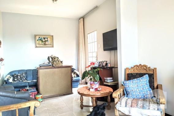 Casa À Venda No Paraíso - Código 256438 - 256438