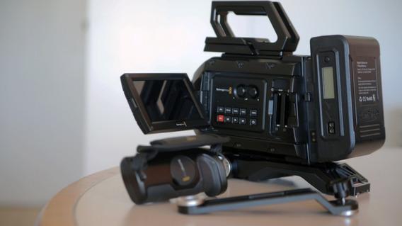 Blackmagic Ursa Mini 4.6k Ef + Acessórios