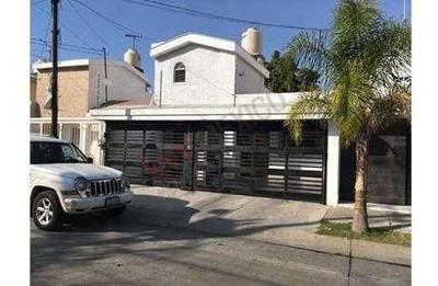Excelente Casa En Venta En La Estancia Totalmente Remodelada