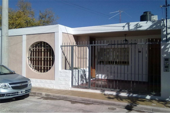 Casa Esquina 3 Dormitorios Capital Apta Credito