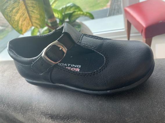 Zapatos Colegiales Boating Cuero