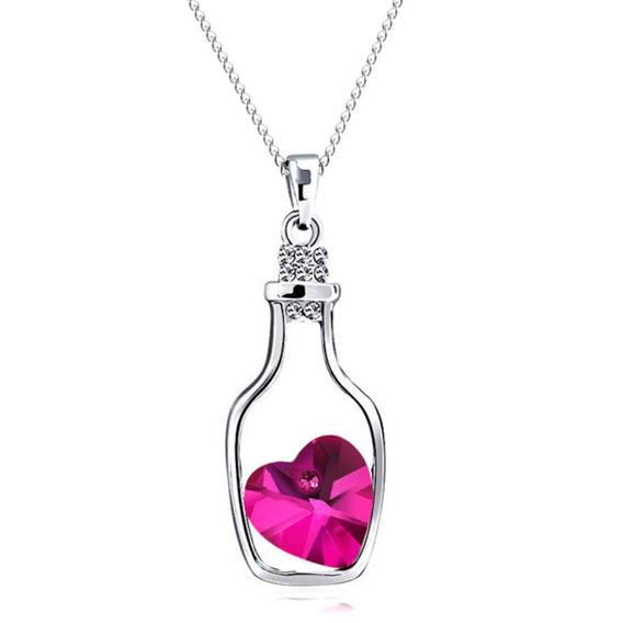 Colar Com Pingente De Garrafa E Coração De Cristal Rosa