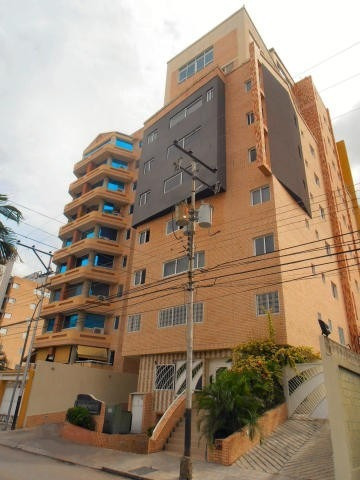 Penthouse En Venta En La Soledad Maracay 20-13922 Ejc