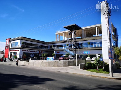 Imagen 1 de 12 de Local Comercial En Renta Plaza Altea