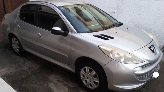 Peugeot 207 Passion 1.4/8v Gnv 2o Dono