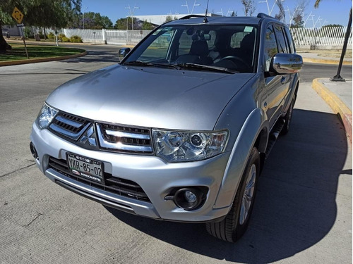 Imagen 1 de 15 de Mitsubishi Montero Sport 2014