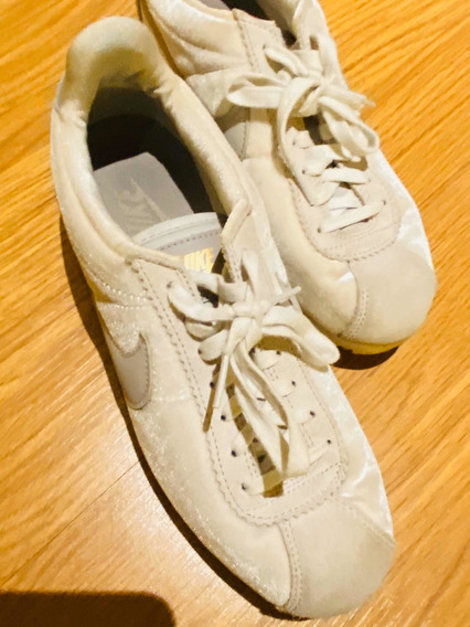 Zapatillas Nike Cortez Terciopelo( Talle 38 - 25 Cm)