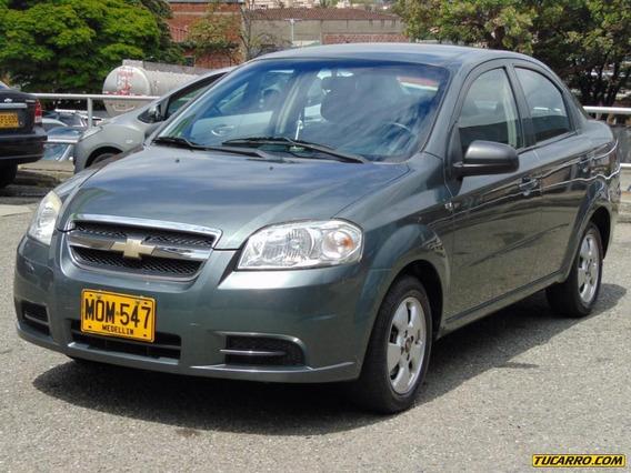 Chevrolet Aveo Emotion 1.6 Sedan