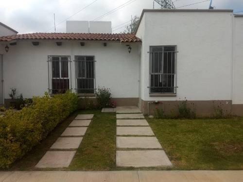 Casa Sola En Venta Fracc Cipreses