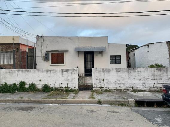 2 Dormitorios (garantía Depósito) - Av. Italia Y Comercio