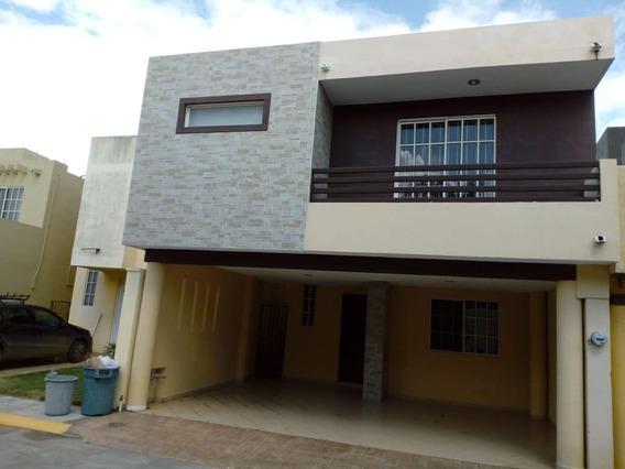 Casa - Fraccionamiento Villas Laguna