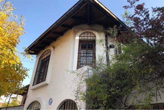 Casa/ Ph Colonial Con Patio En Martinez